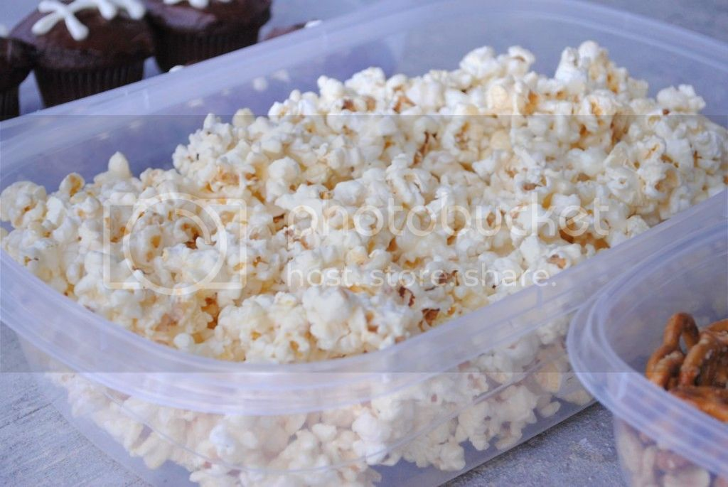 Carmelcorn 1024x685 zpsd1bd6be0 Quick and Easy Recipes for your Super Bowl Party